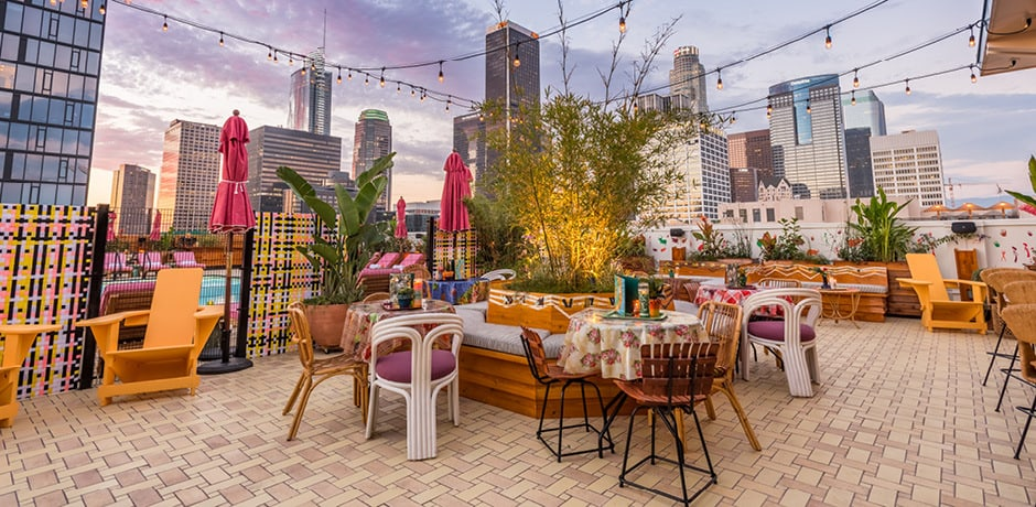 Los Angeles dining on the Broken Shaker Rooftop at the Freehand. Courtesy Wonho Frank Lee.