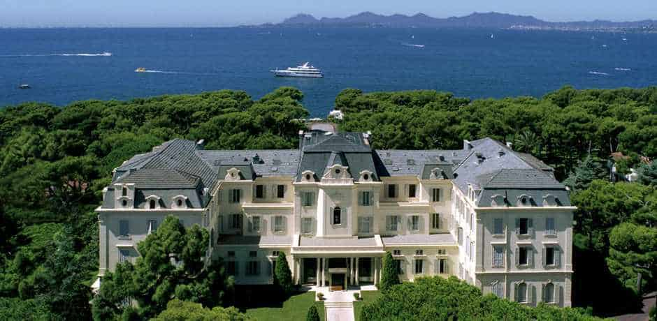 Hotel du Cap Eden Roc on the French Riviera offers sun, wine and dreamy views.