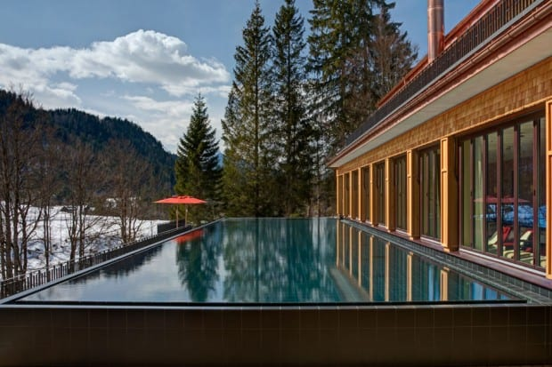 The outdoor pool at Schloss Elmau