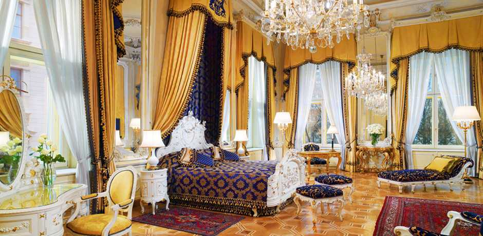 Spend the holidays living like royalty in a suite at Hotel Imperial in Vienna. Courtesy Hotel Imperial.