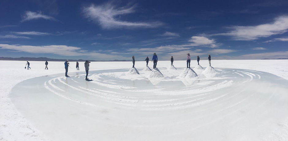 Members of the Indagare Journey explore the vast salt flats