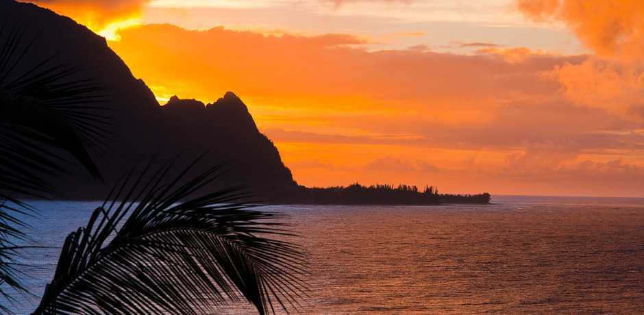 A sunset in Kauai, courtesy Hawaii Tourism Authority, credit Tor Johnson