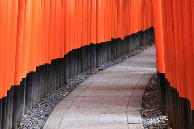 LP-Japan-Hero-Courtesy-Janine-Kyoto-Fushimi-Inari