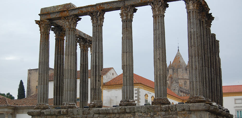 The Alentejo town of Évora is home to a Roman temple to the goddess Diana. Ruins of the temple's columns remain today and sit nearby the Gothic cathedral.