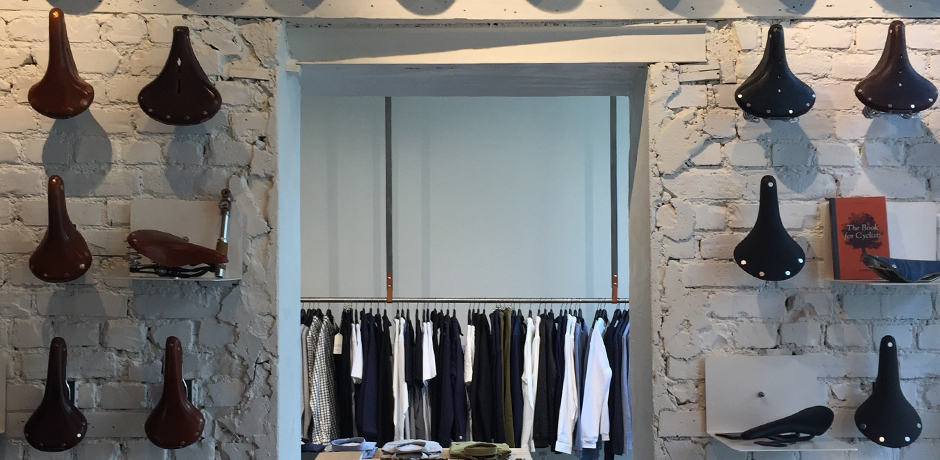 One of the best boutiques in Grünerløkka is Dapper, a menswear concept store that is split into three parts with ones dedicated to shaving, biking and clothing.