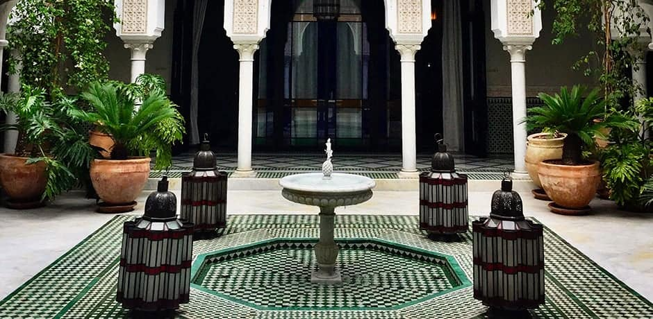 A courtyard at La Mamounia