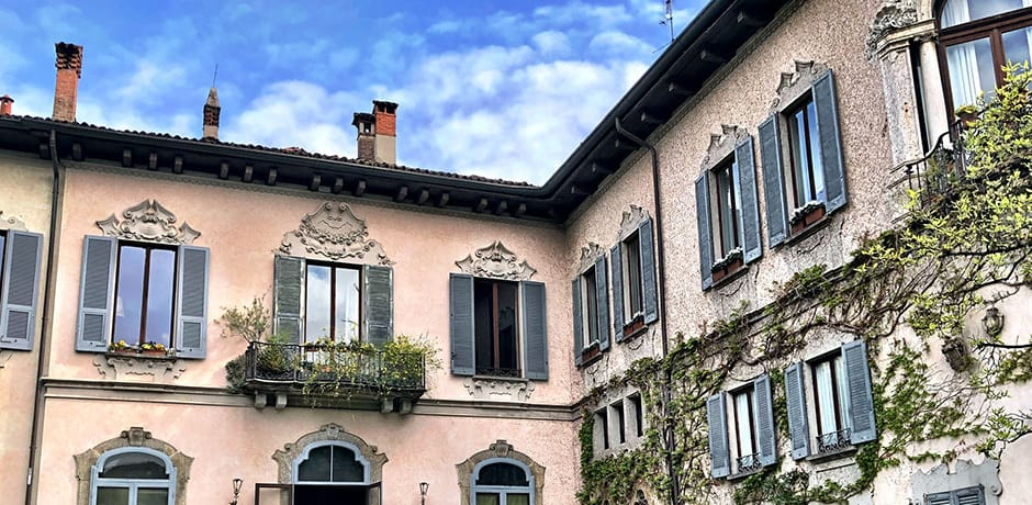 The Casa delgi Atelanni features one of the largest private gardens in Milan as well as a vineyard originally planted by Leonardo da Vinci while he stayed here to paint the Last Supper.