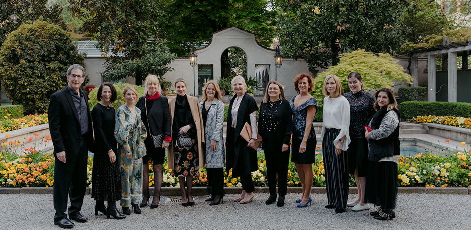 The group enjoyed cocktails and photos in the Villa Necchi Campiglio garden before our private tour of the historic property.