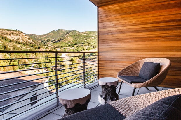 A Peregrine Suite patio. Courtesy The Lodge at Blue Sky