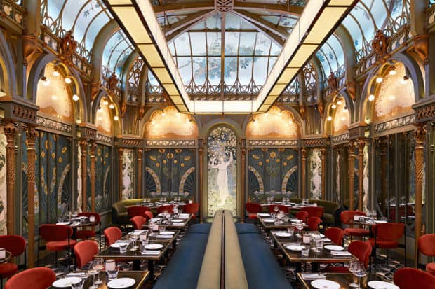 The dining room at Beefar restaurant in Paris, photo by Francis Amiand
