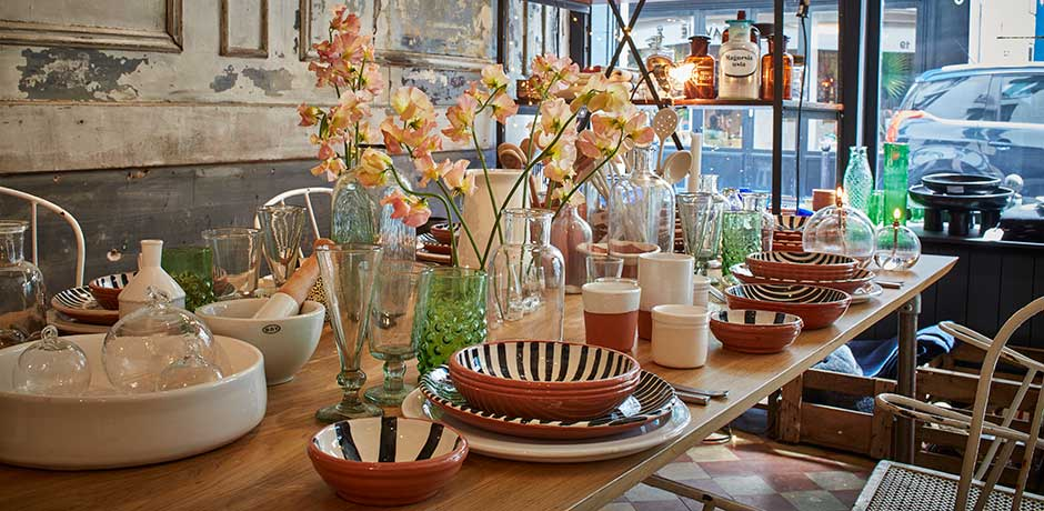 Tableware and glassware at Ailleurs