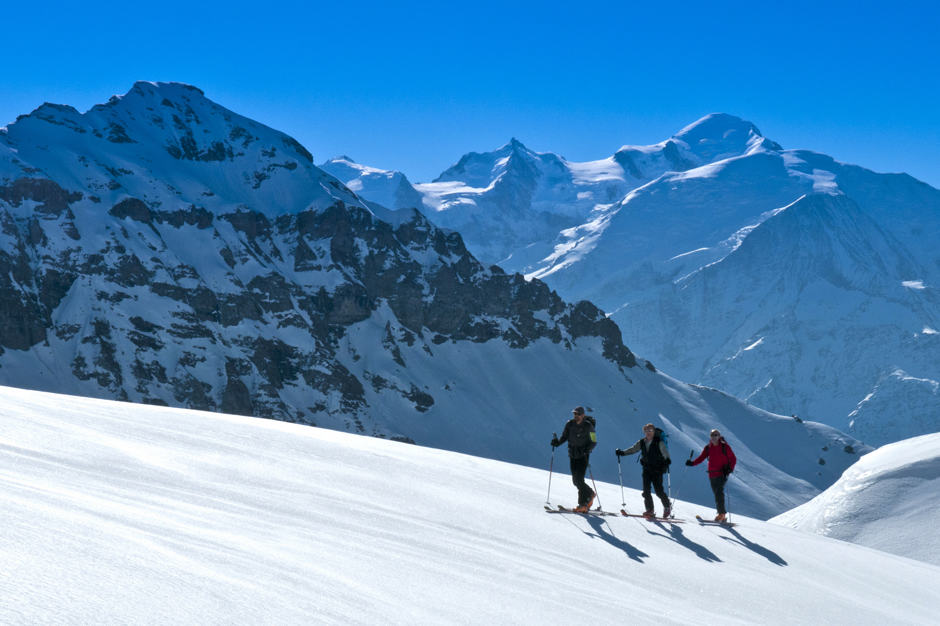 Downhill & Cross-Country Skiing