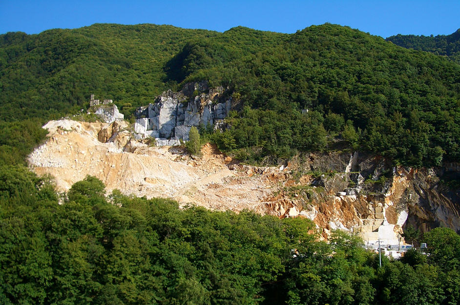Day Trips: Carrara Marble Quarries