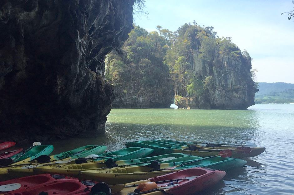 Indagare Tour: Kayaking Through the Mangrove Forest