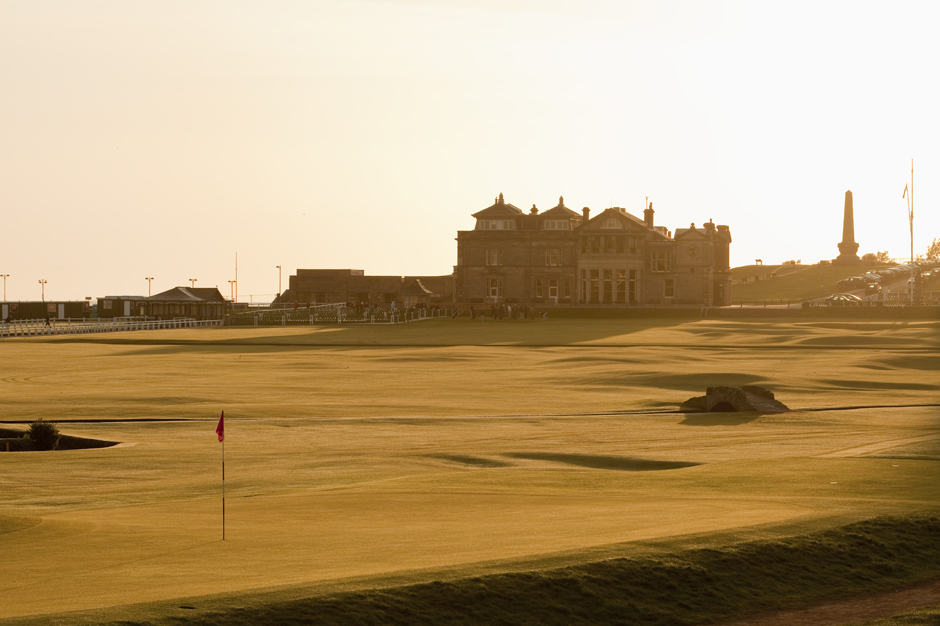 Indagare Access: Play with a PGA Professional on a St Andrews Course