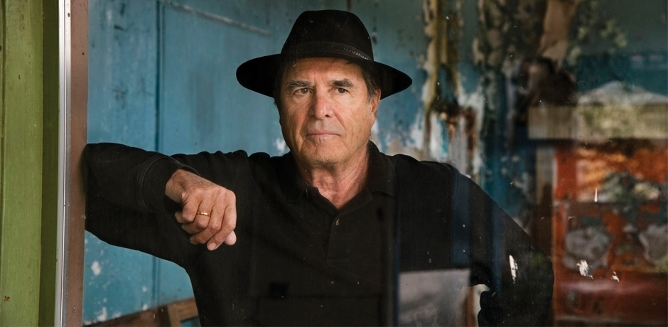 Paul Theroux, photo by Steve McCurry